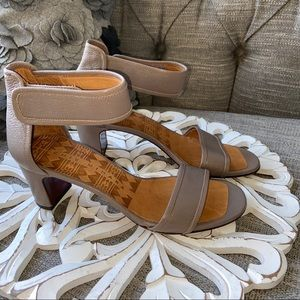 Chie Mihara Leather Sandals Shoes NEW Women's 39